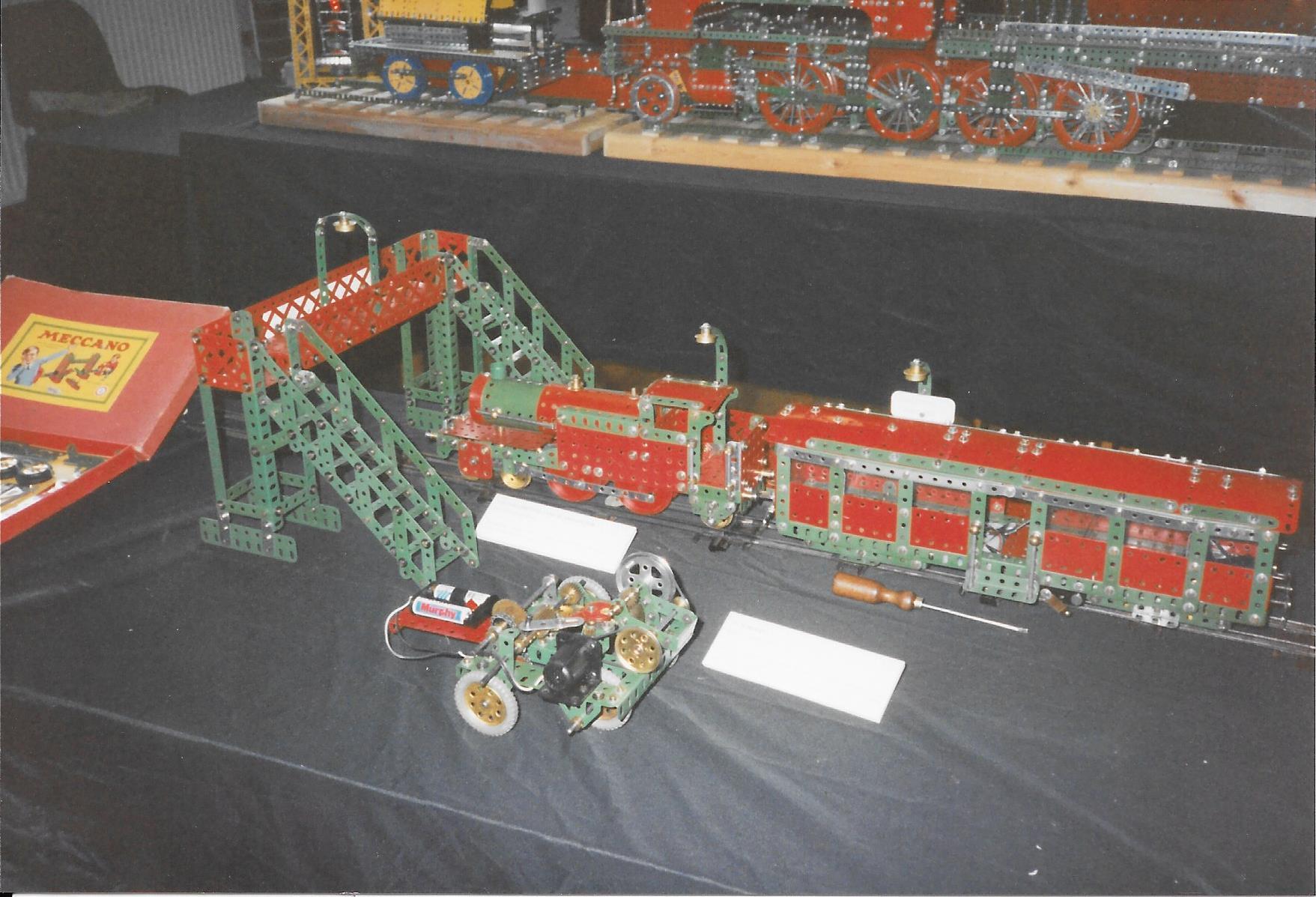 MH 1994 LA 7