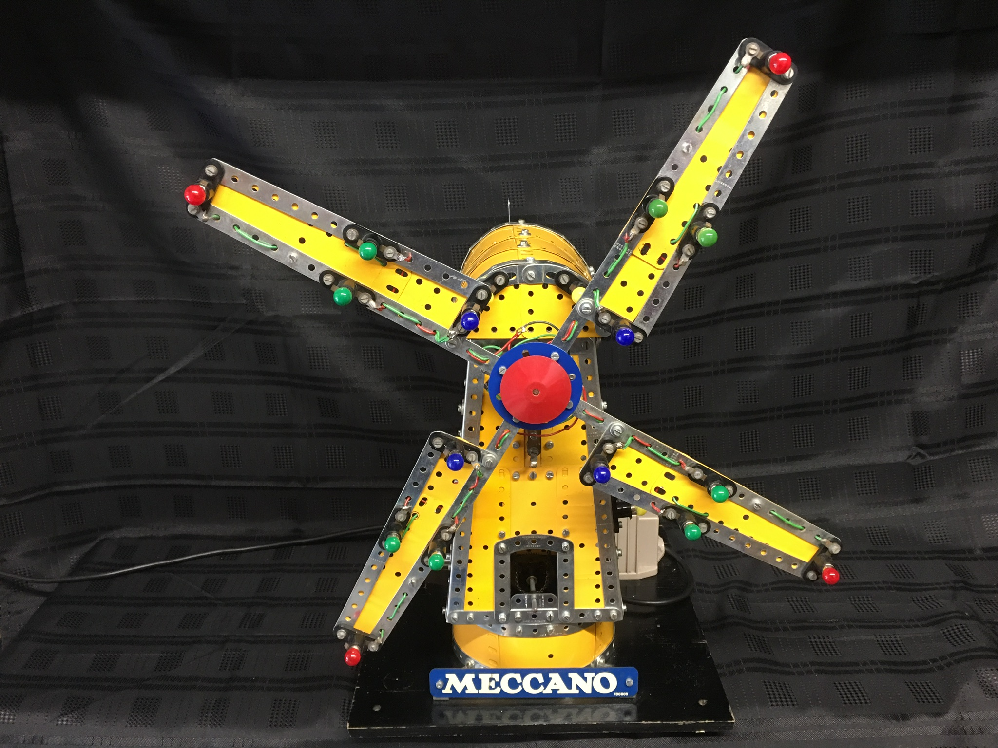 Barry Winslow's page fairground models 2019 Windmill
