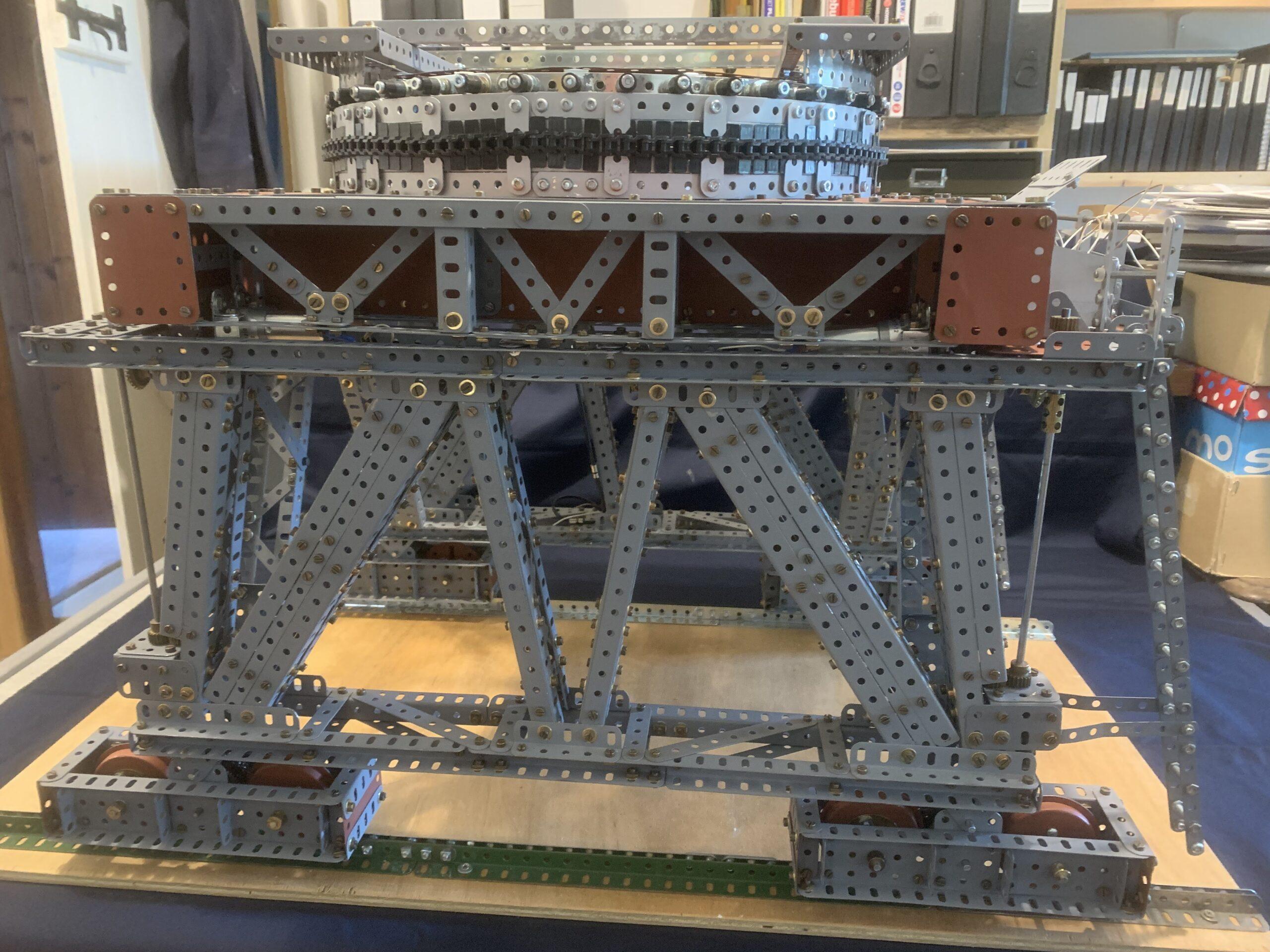 EP Block setting crane 2